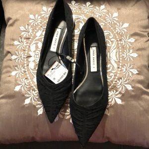 Shoes - ⭐️⭐️New Zara Basic Black Shoes